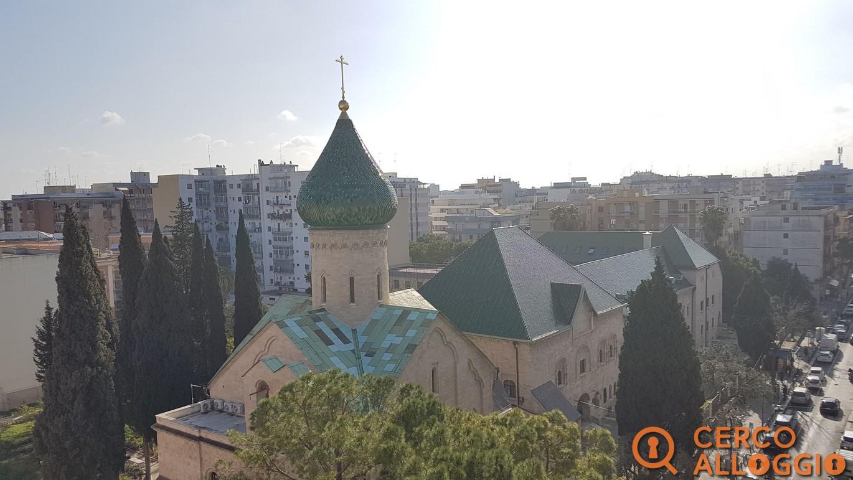 Spazioso attico bilocale zona Chiesa Russa