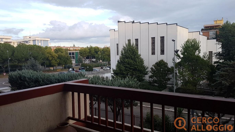 Camere singole e doppia in appartamento signorile in Zona Ospedali