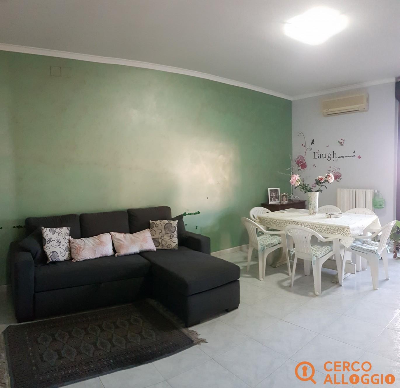 Appartamento con 2 camere in zona semi centrale